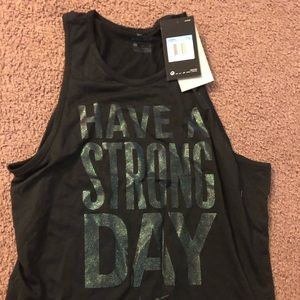 Nike tank top new with tags size medium